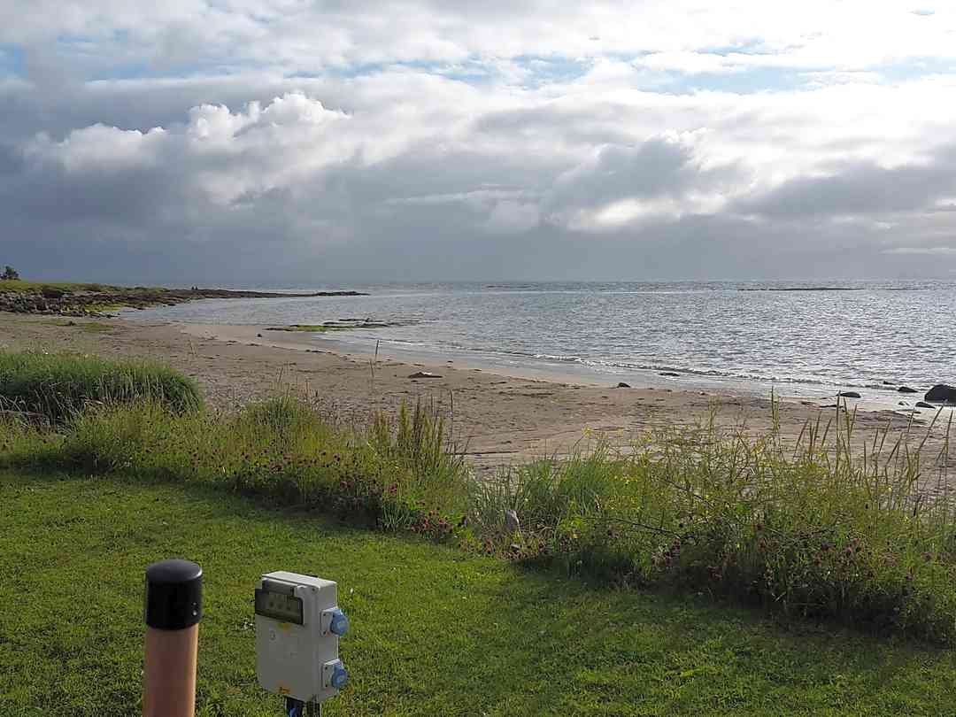 Muasdale Holiday Park: View of beach from our pitch