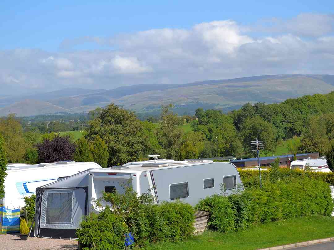 Egglestone Tiers are fully-serviced pitches, overlooking the Pennines