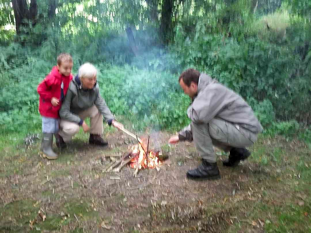 Family bushcraft courses
