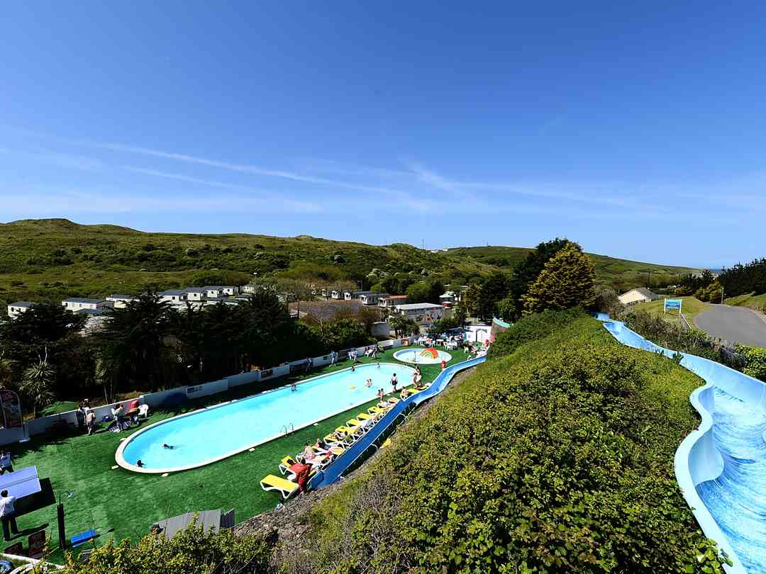 Holywell Bay Holiday Park: Outdoor pool with slide