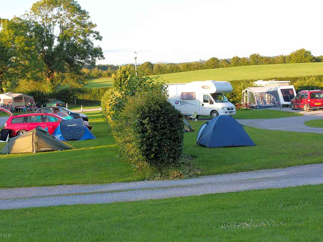Caravan parks and static caravan sites in Co. Kildare - Pitchup