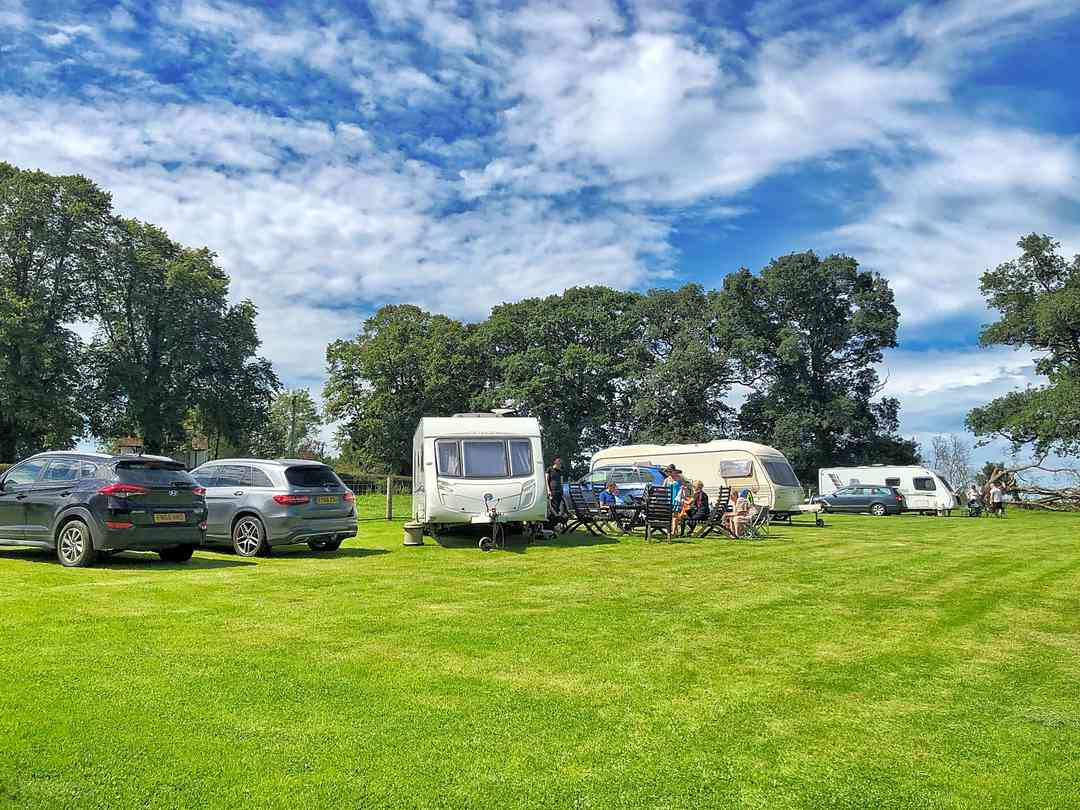 Coed Derw Camping