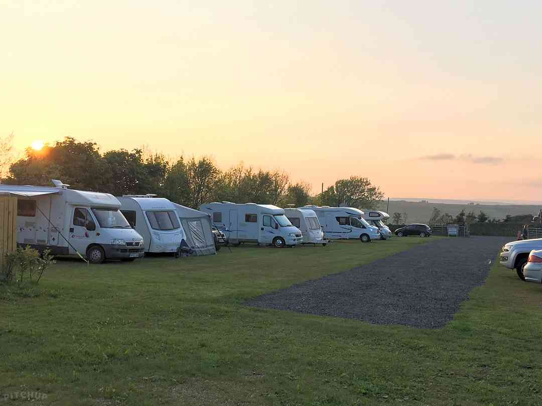 Whitegate Leisure Caravan and Camp Site: Gorgeous sunset