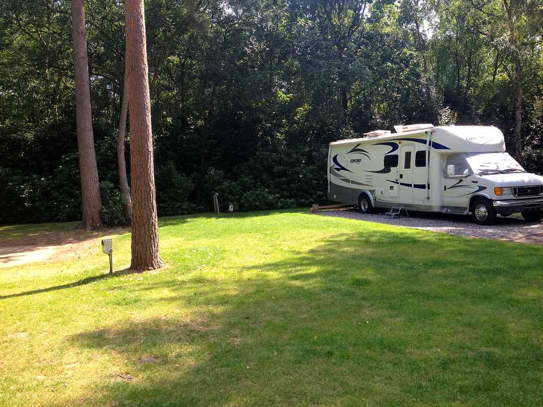 camping in tents in berkshire
