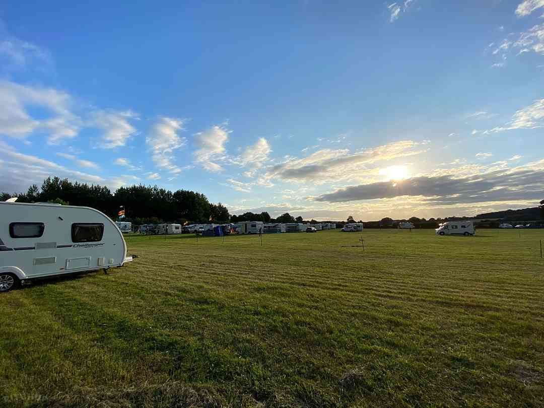Carney Pools Camping and Caravanning: Non-electric grass pitches