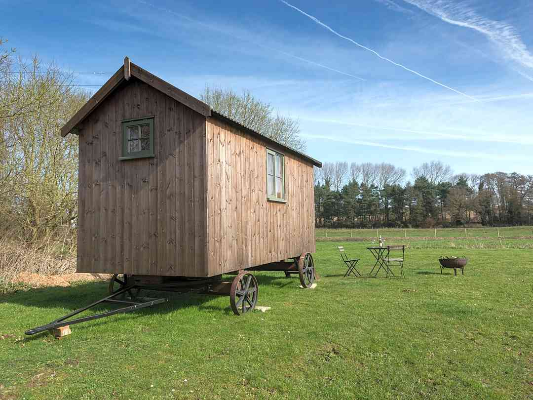 Shepherd's Hut at North Farm Cottages