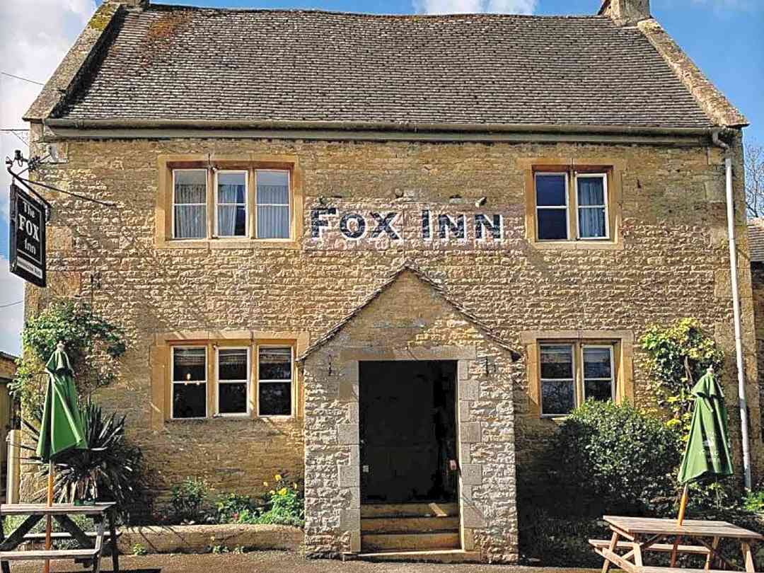 The Fox Inn frontage