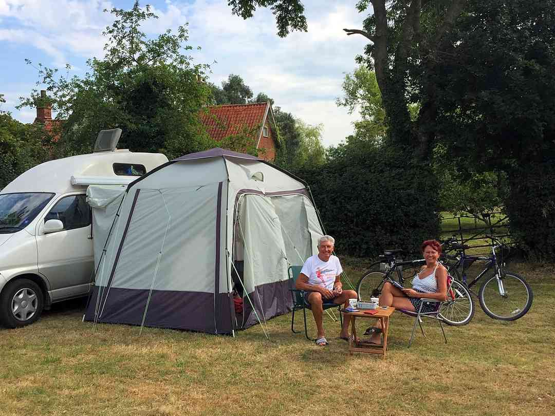 Sunnyside Campsite: South-facing pitches available