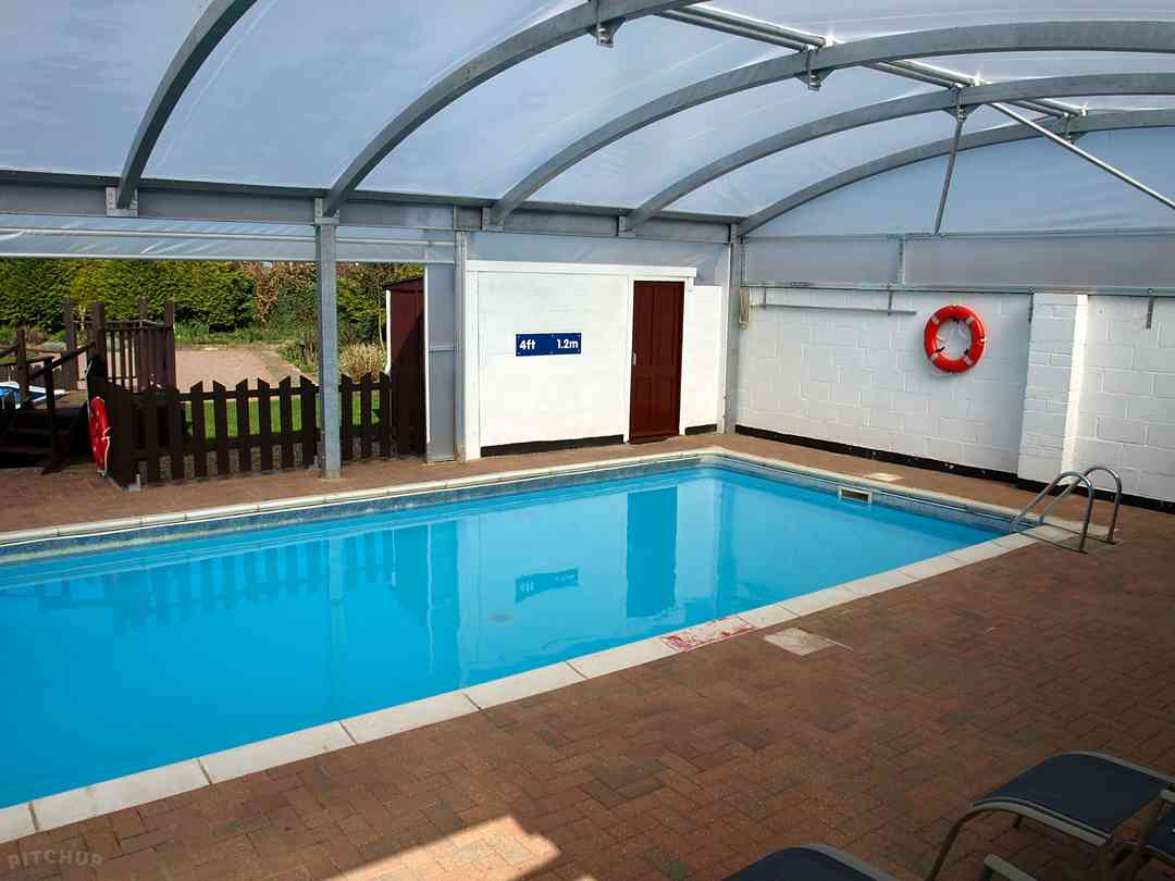 Croft Naturist Country Club: Indoor pool