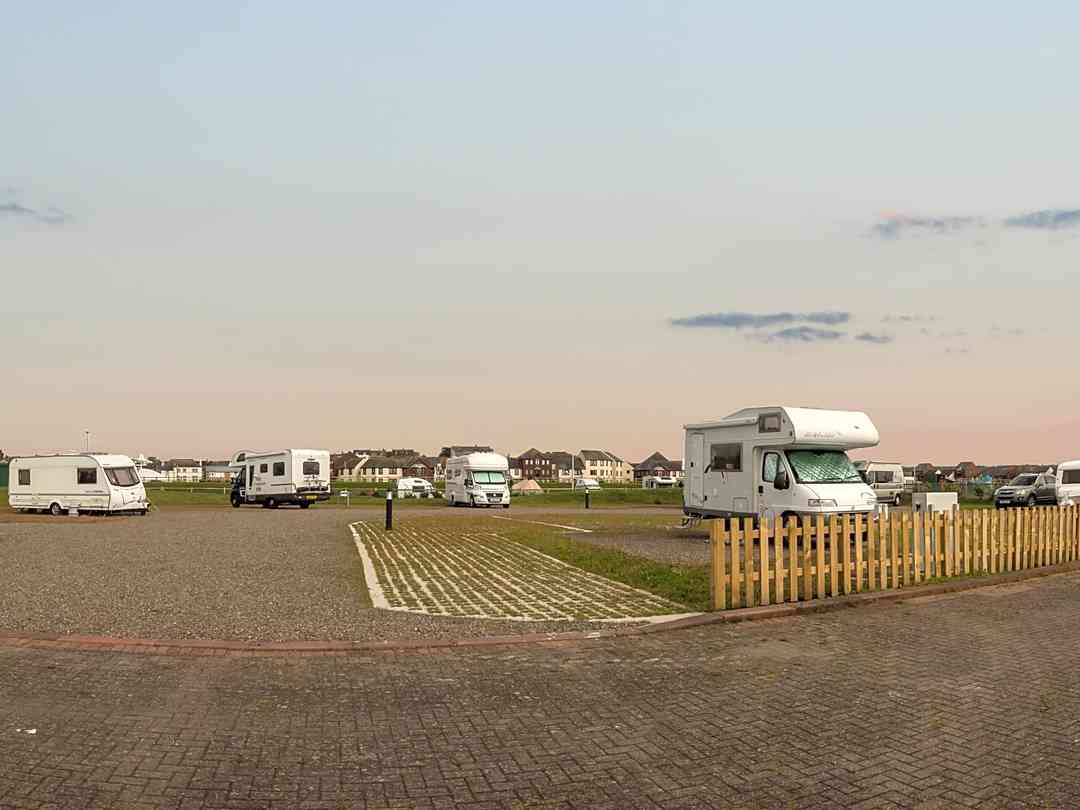Harbourside Caravan Site: The park in the evening