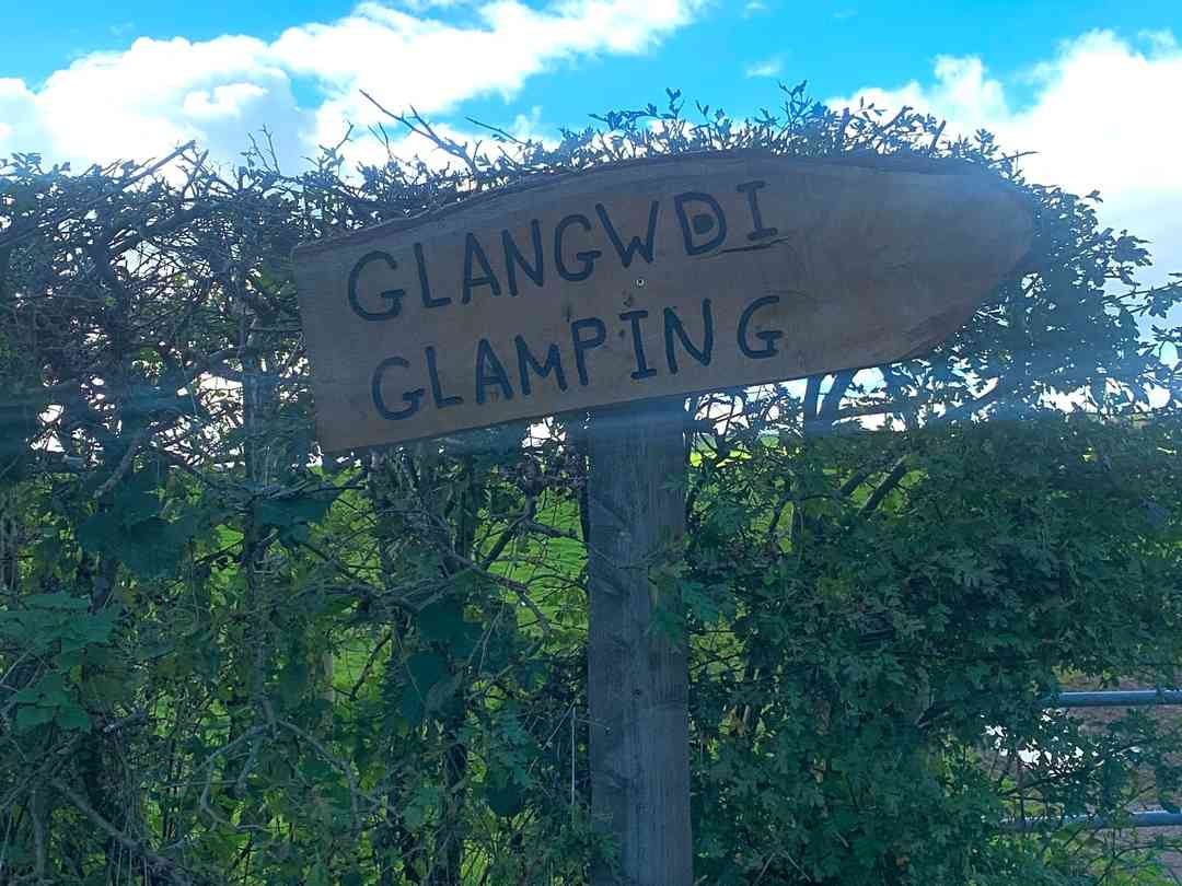 Glangwdi Glamping: Entrance