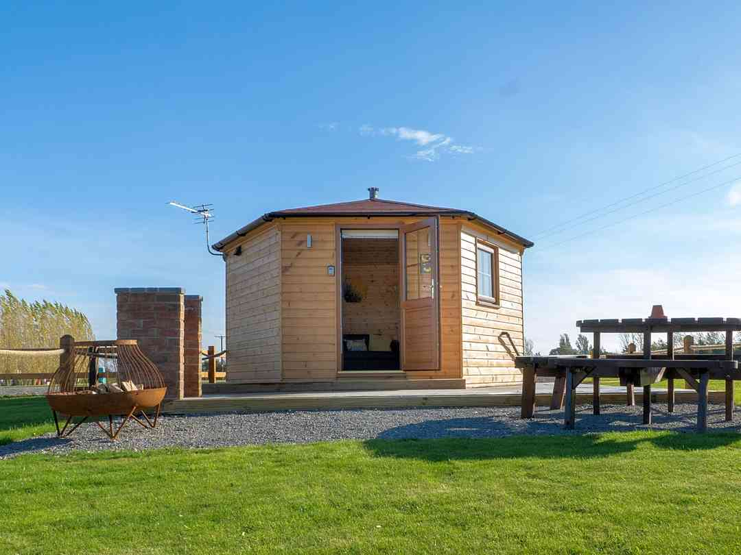Lakeview Camping Pods