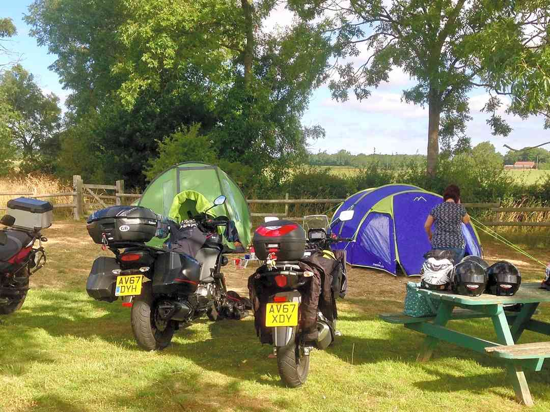 Had a great time, ideal for motorbike tourers, it's quiet and idyllic, owners very helpful :)