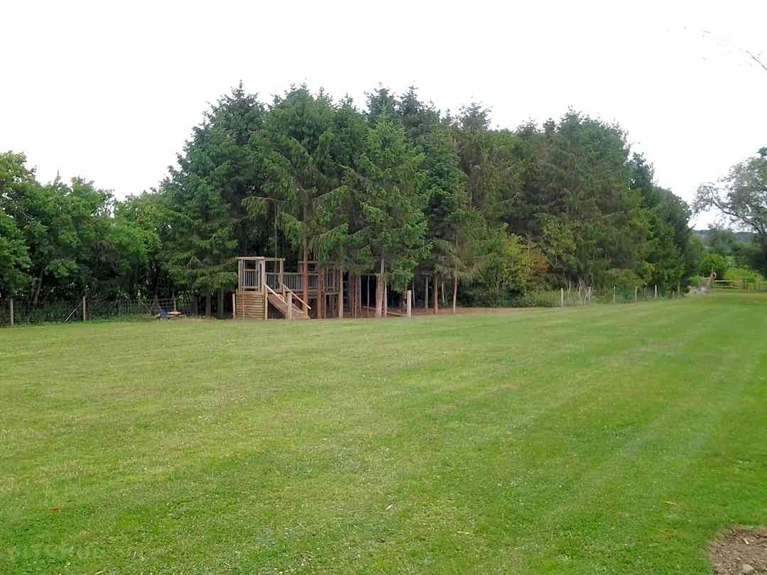 Kingfisher Meadow Camping and Caravanning Park