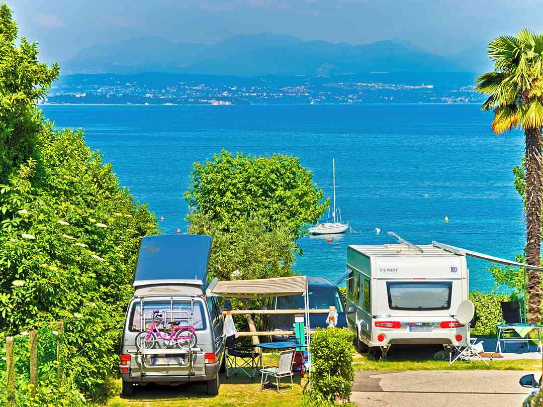 The site is minutes away from Lake Garda