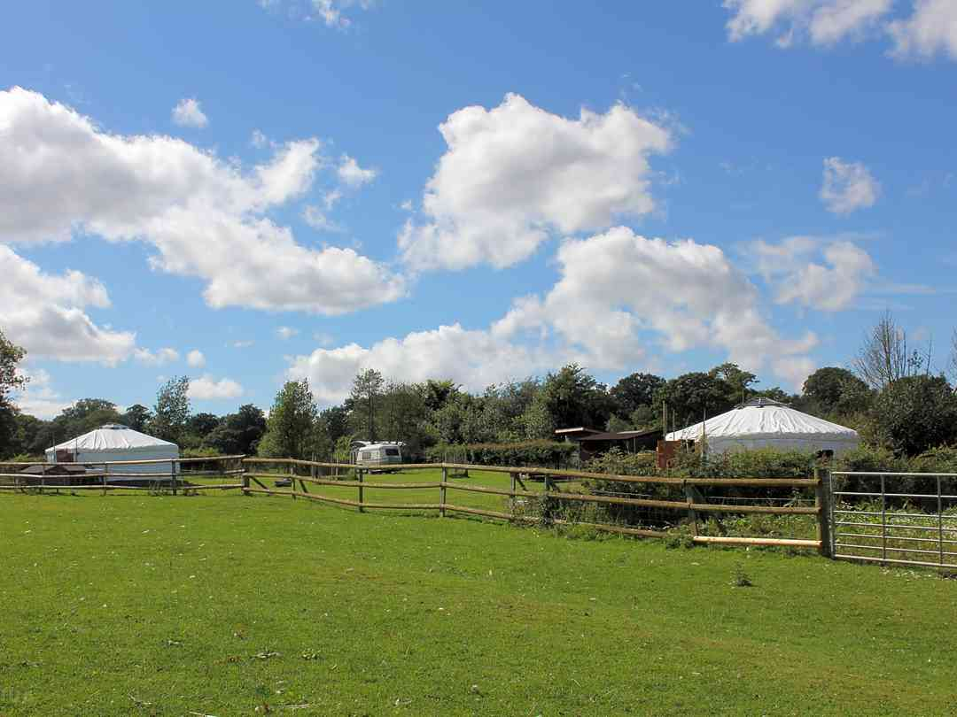 Glamping West Midlands: Entrance to the site