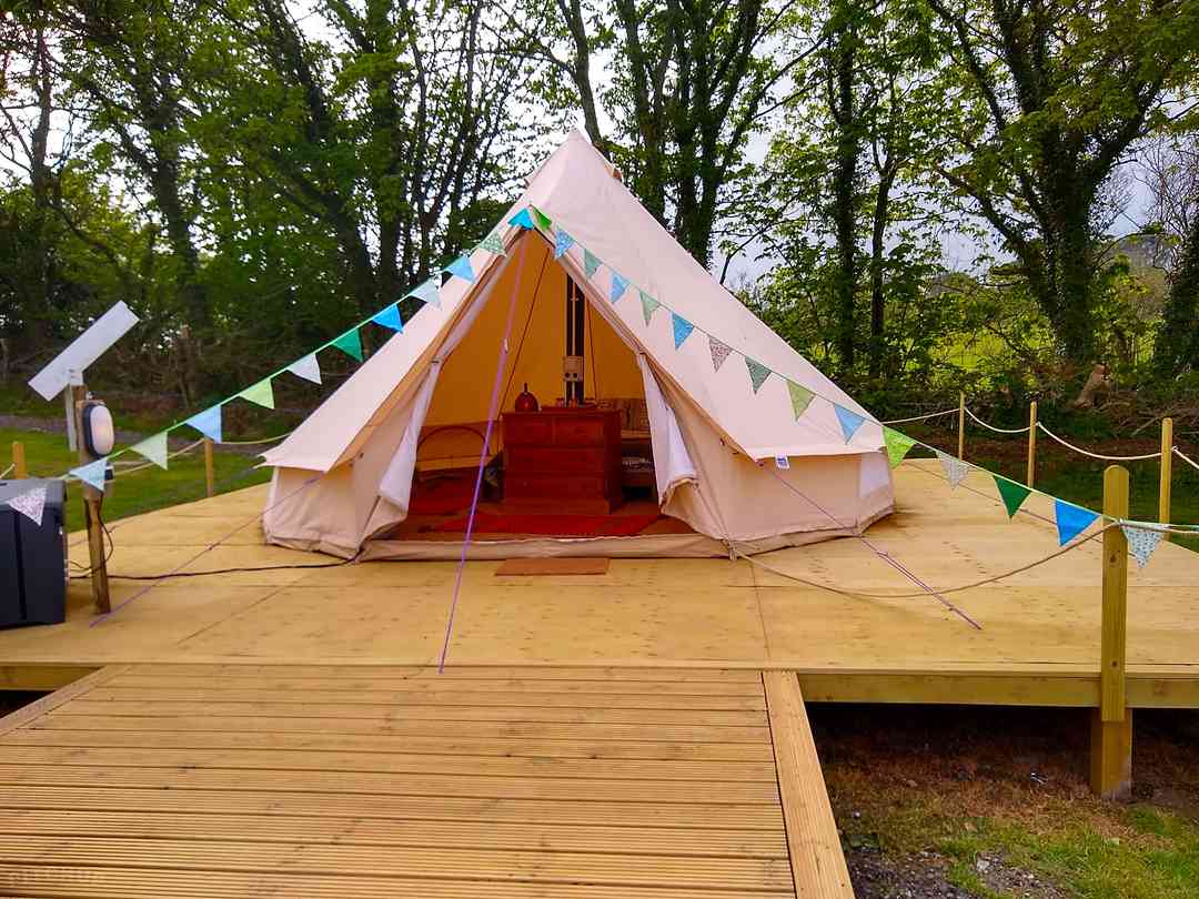 Book yurt, tipi, bell tent and dome sites in St Ives