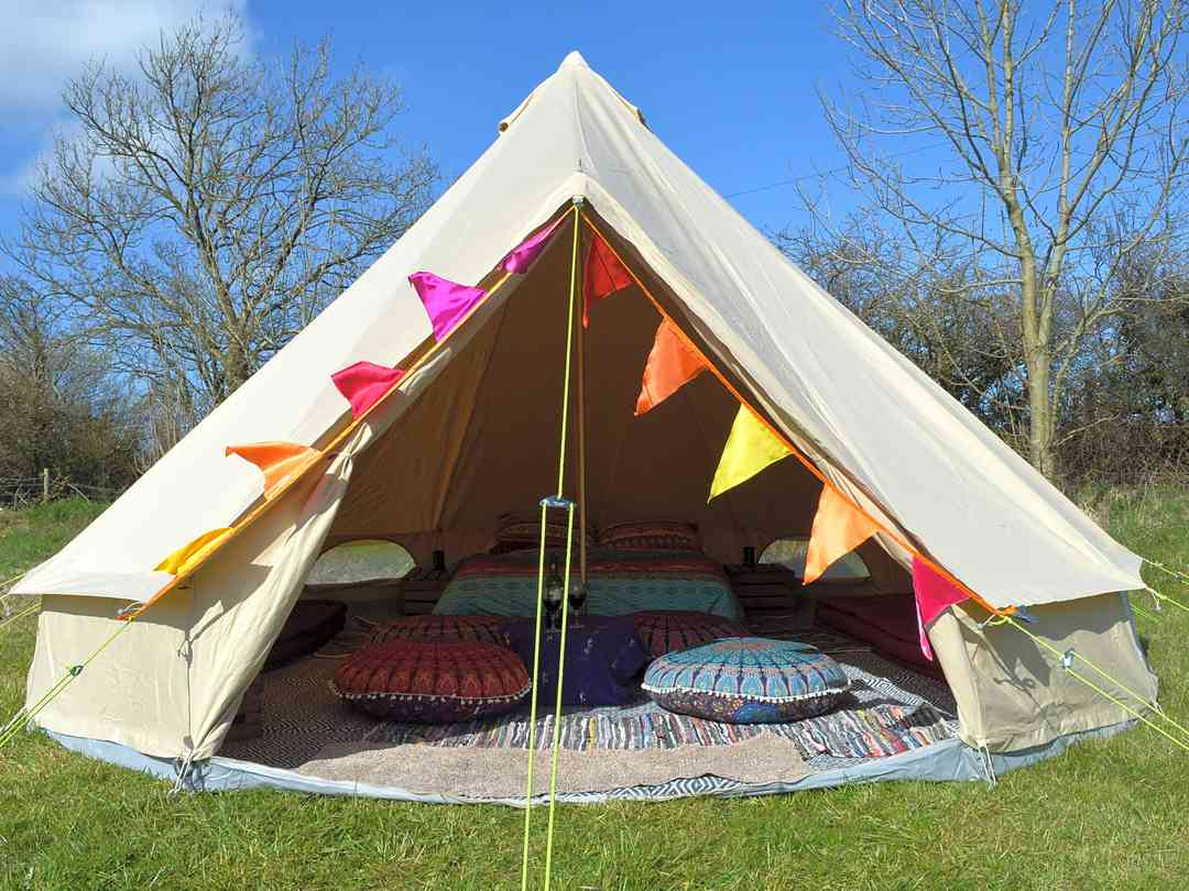 Ffynnonwen: Bell tent in it's own private eeadow