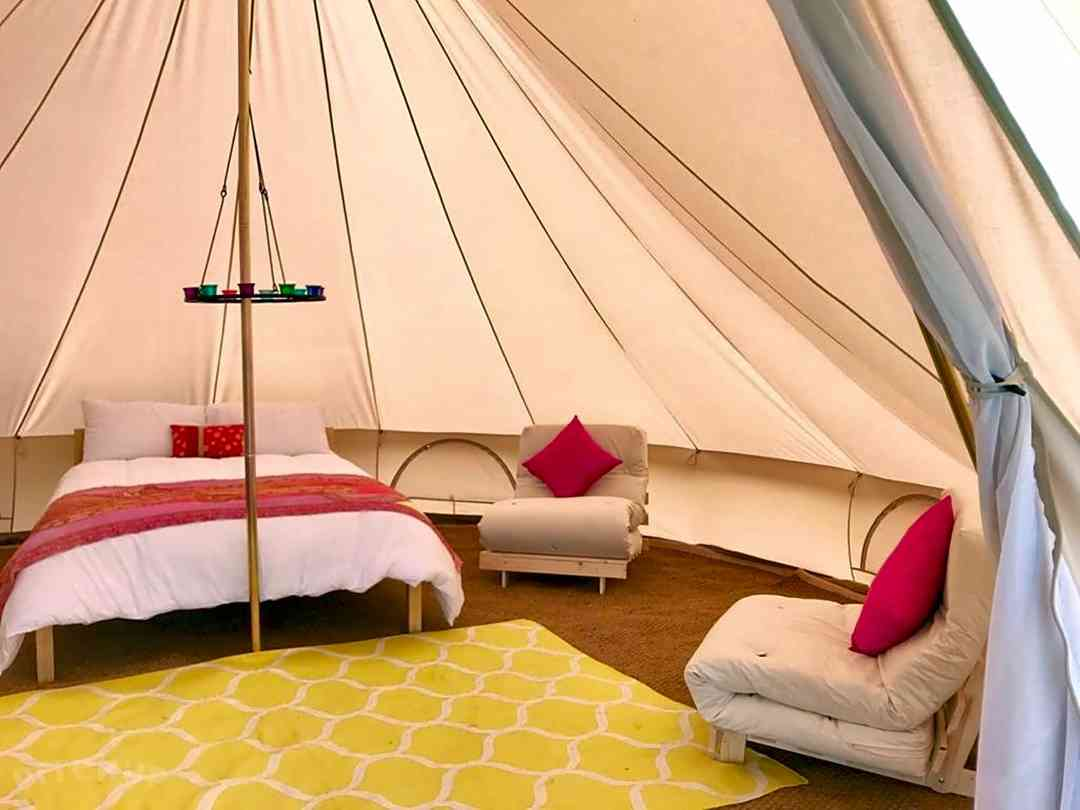 Lacock Alpaca Glamping: Inside one of the tents