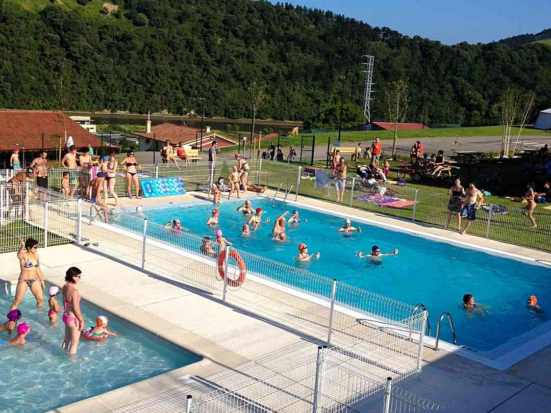 Camping Zumaia: The outdoor pools