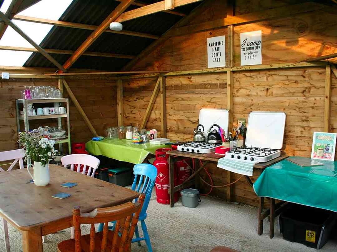 Cotswold Meadow Camping: Gathering Barn. cooking and dining area
