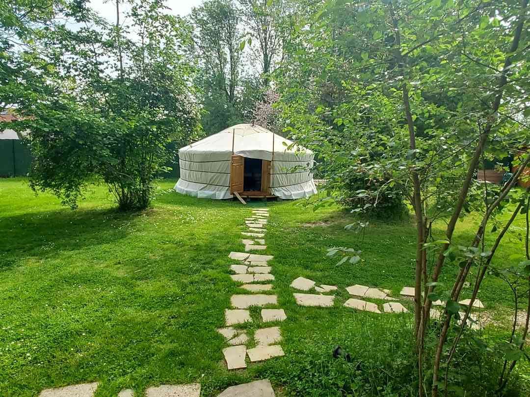 Path to the yurt