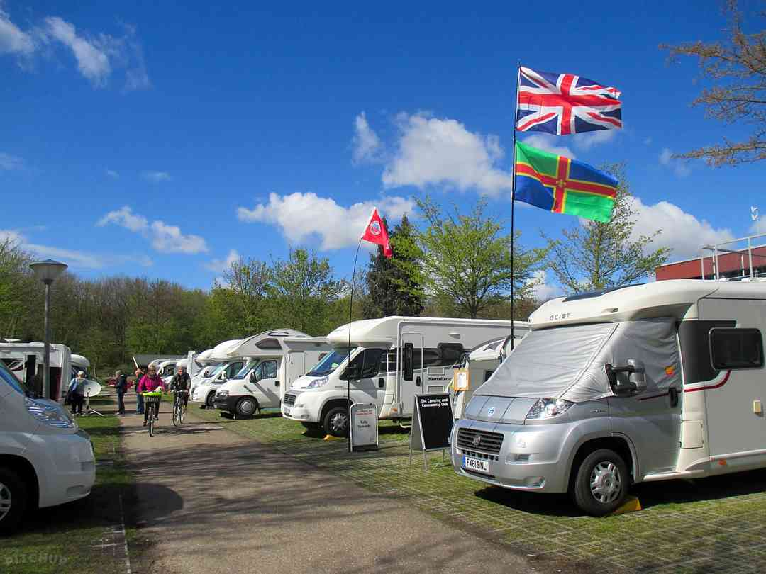 Recreatiecentrum Delftse Hout: Easy access for motorhomes