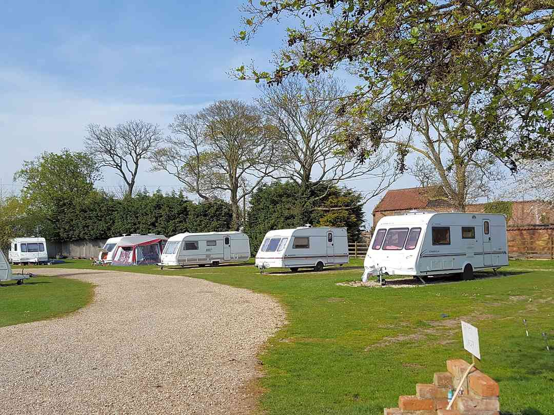 Top Yard Farm Caravan Park: View of the site