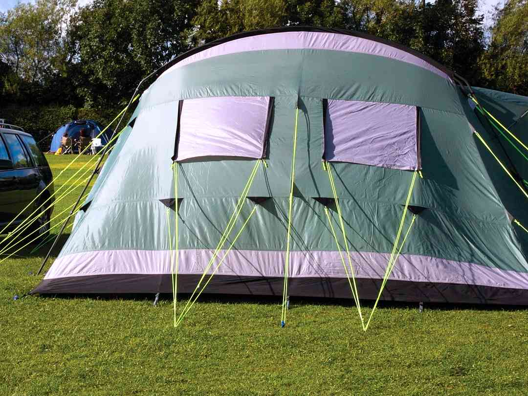 Spacious tent pitches