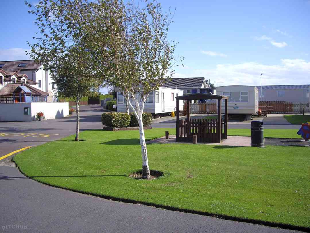 Windsor Holiday Park in Newcastle, Down - kurikku.co.uk
