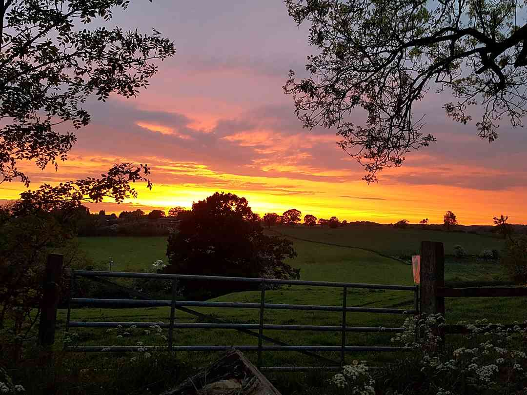 Snape Bank Farm: Spectacular sunsets
