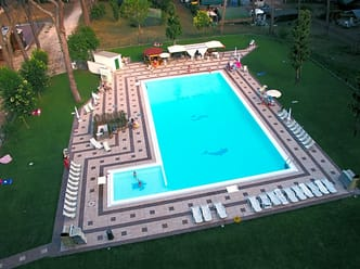 The swimming pool and solarium