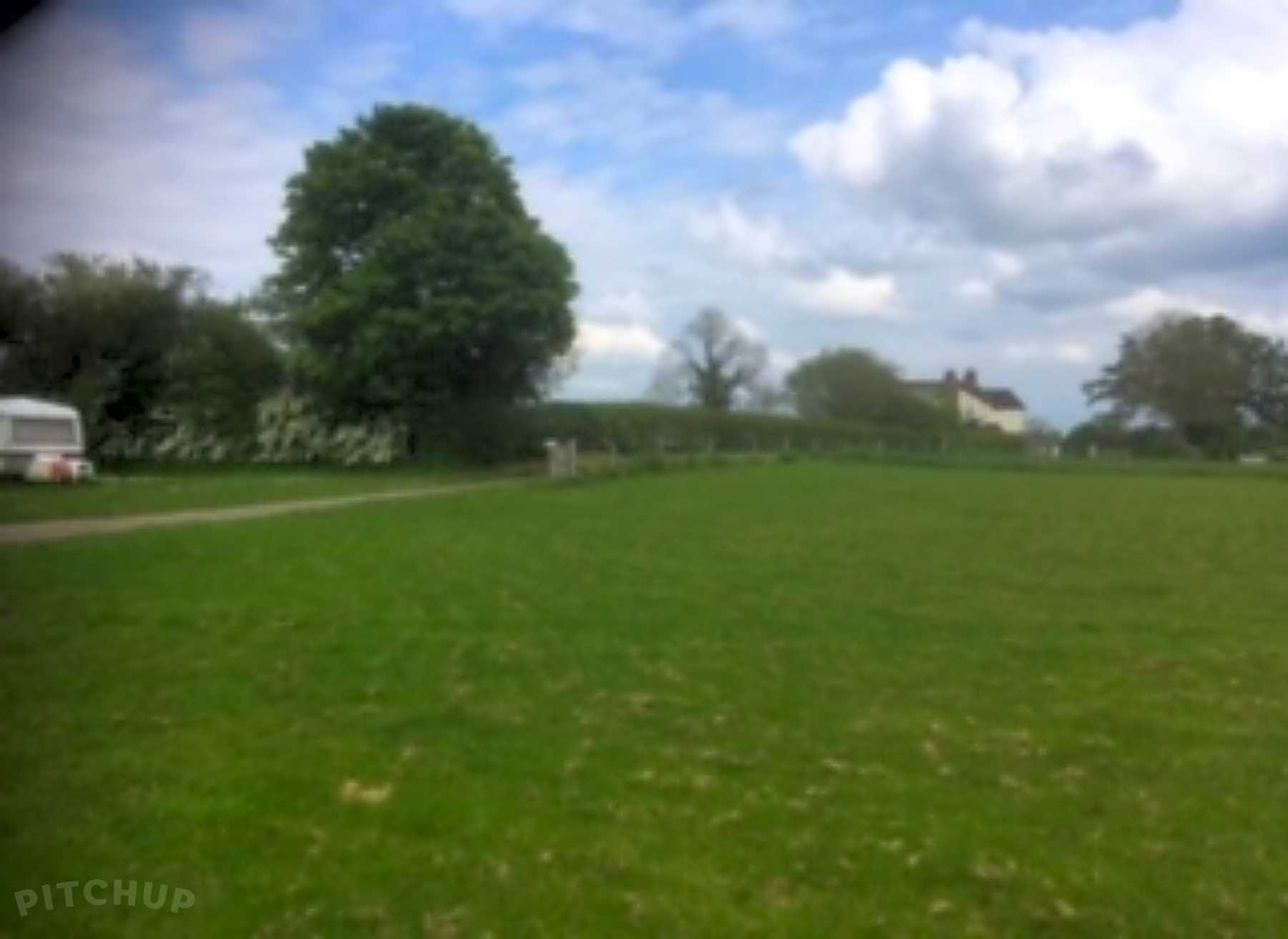 Find the Best Touring Caravan Sites in Ashbourne, Derbyshire