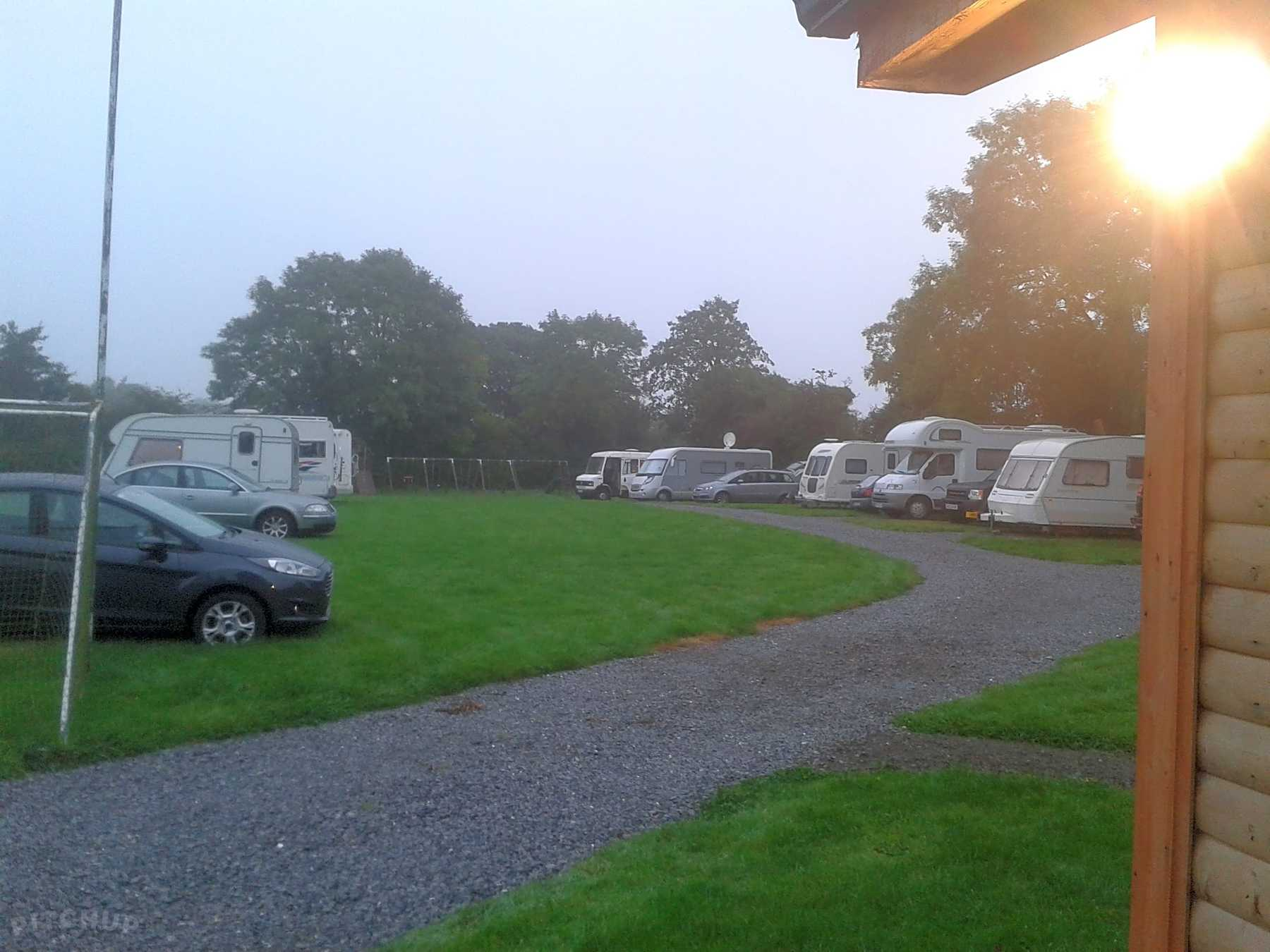 Caravan parks and static caravan sites in Portlaoise - Pitchup