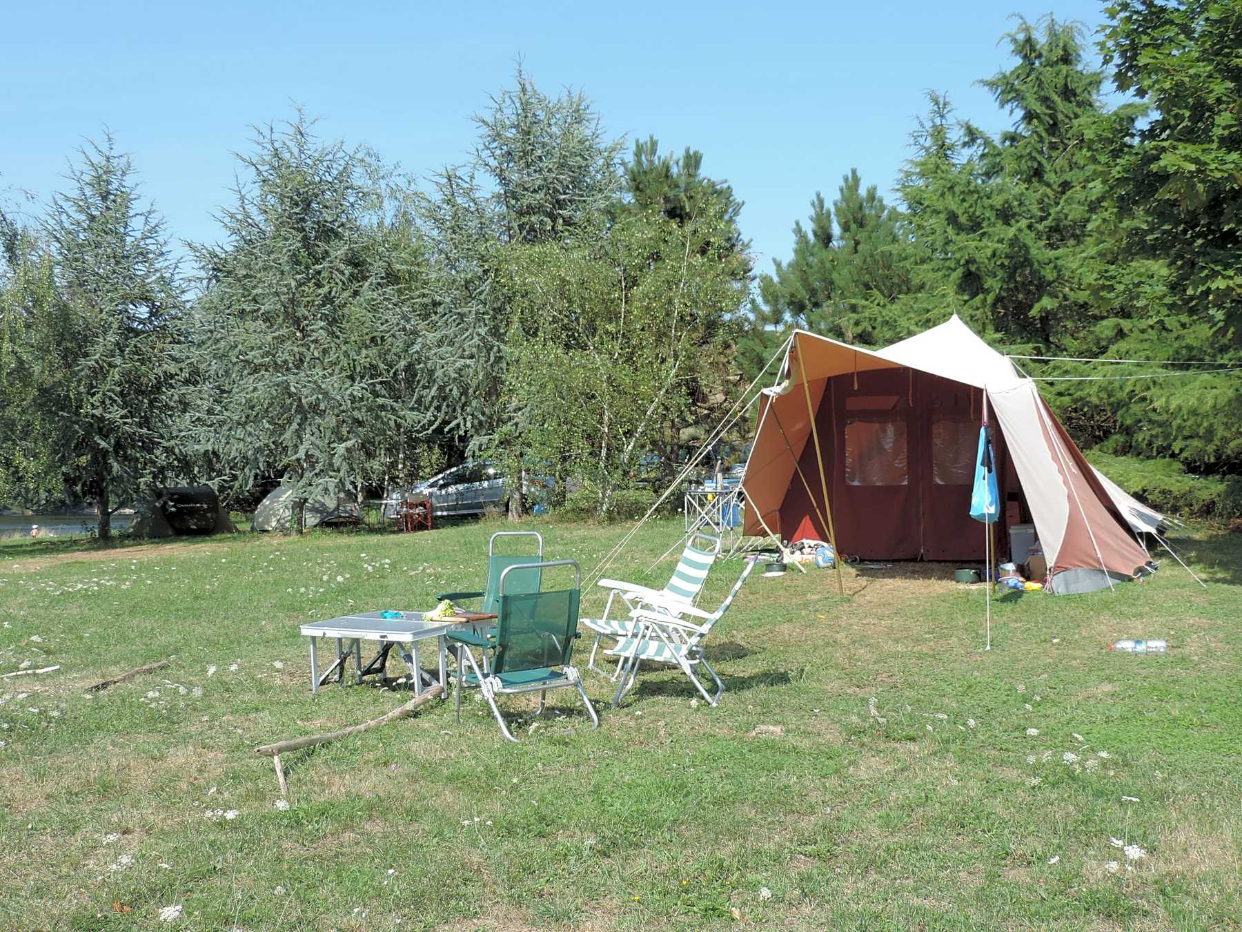 Camping D Arpheuilles Saint Paul De Vezelin Pitchup