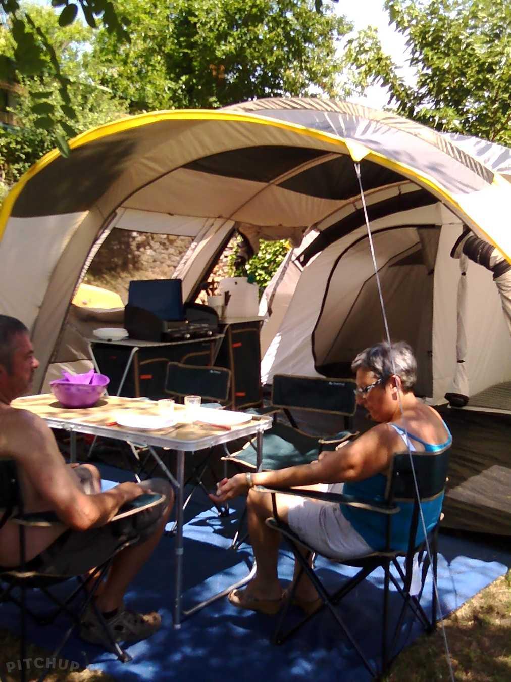 camping nîmes tente