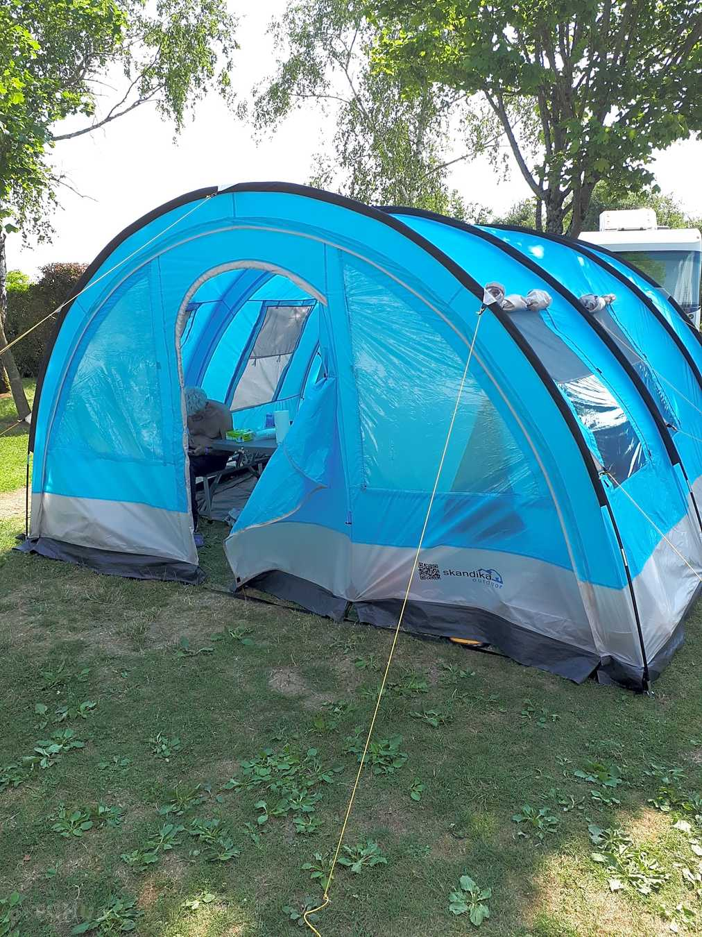 camping emplacement tente vallee des lacs