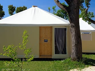 Glamping pre-erected tents, ideal for a comfortable holiday