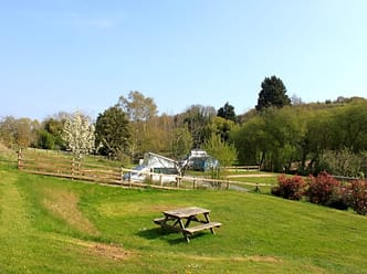 Hunters Lodge Caravan and Camping Site