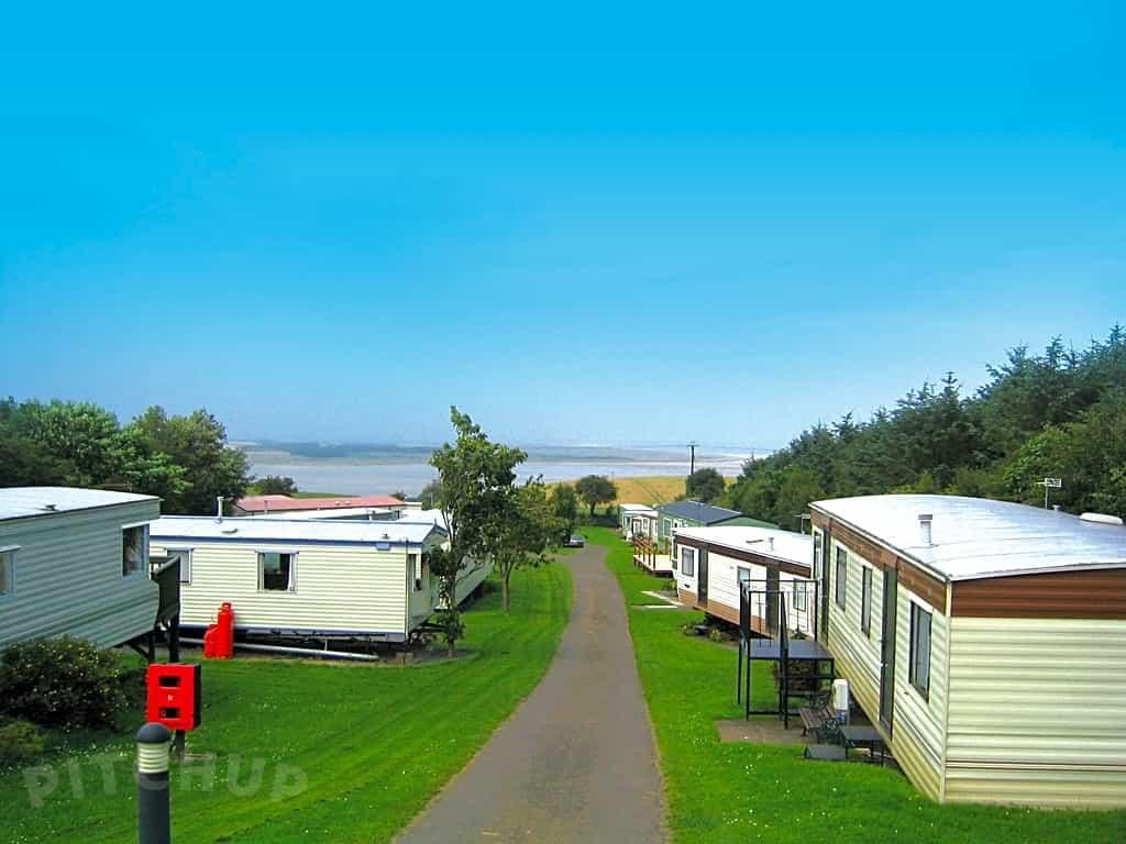 Waren Caravan & Camping Park, Bamburgh - Pitchup®