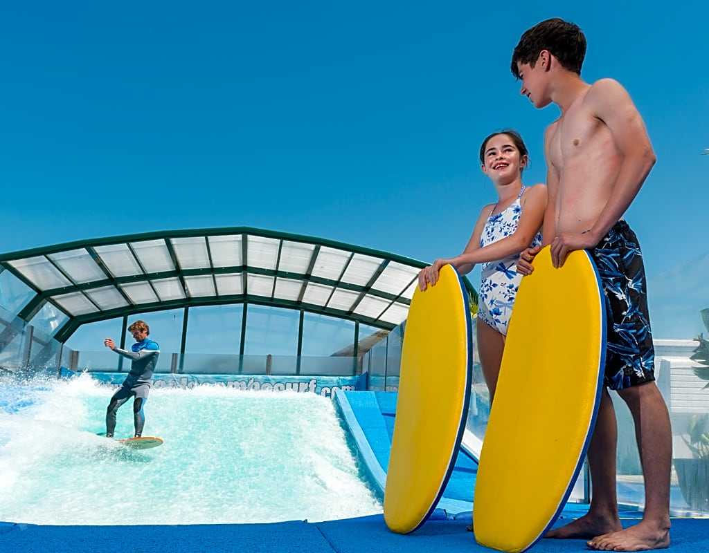 Golden Coast Holiday Village, Woolacombe - Pitchup®