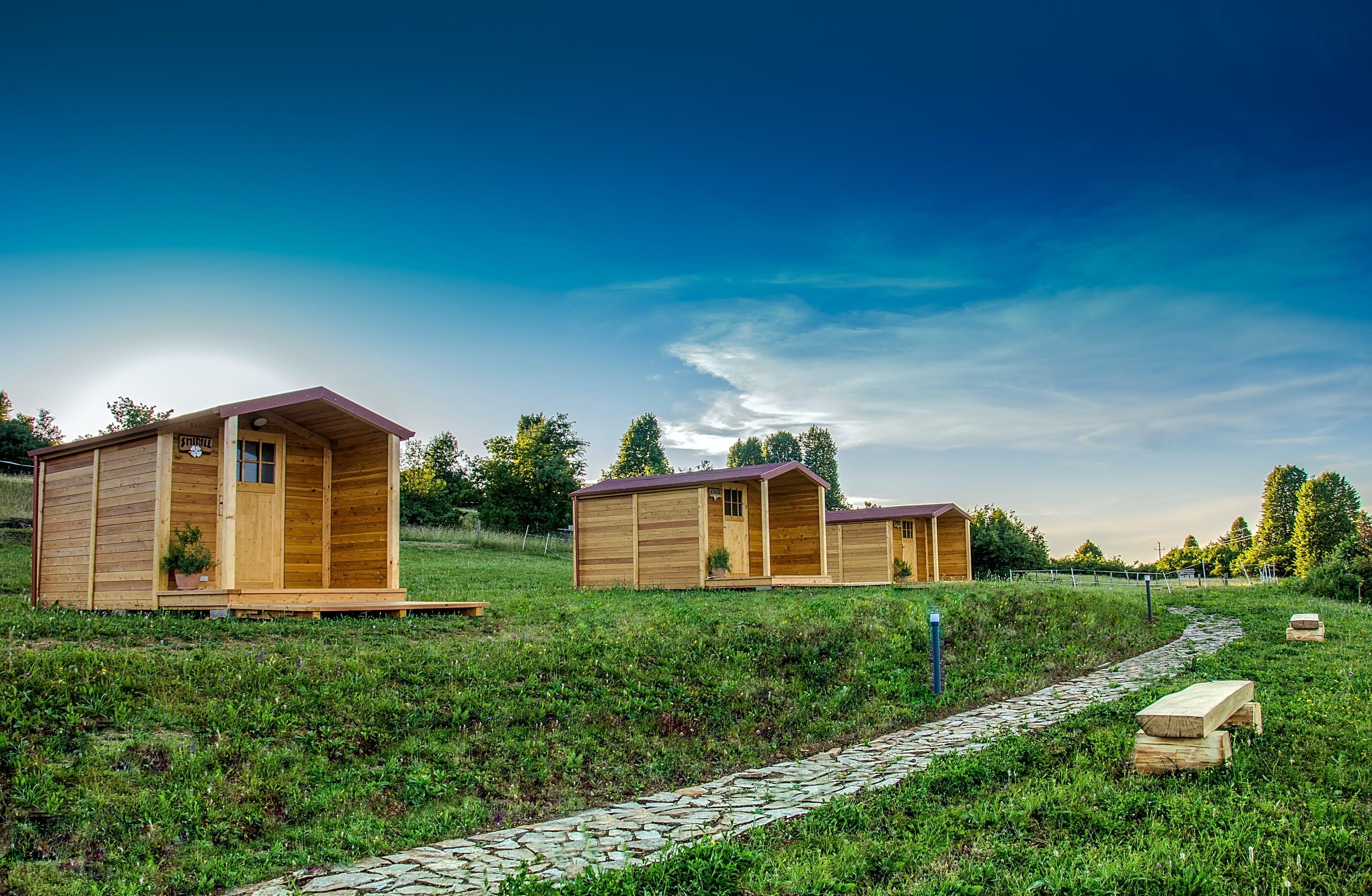 Tiny House Italia Permessi the sunrise hill, pivka - prezzi aggiornati per il 2020
