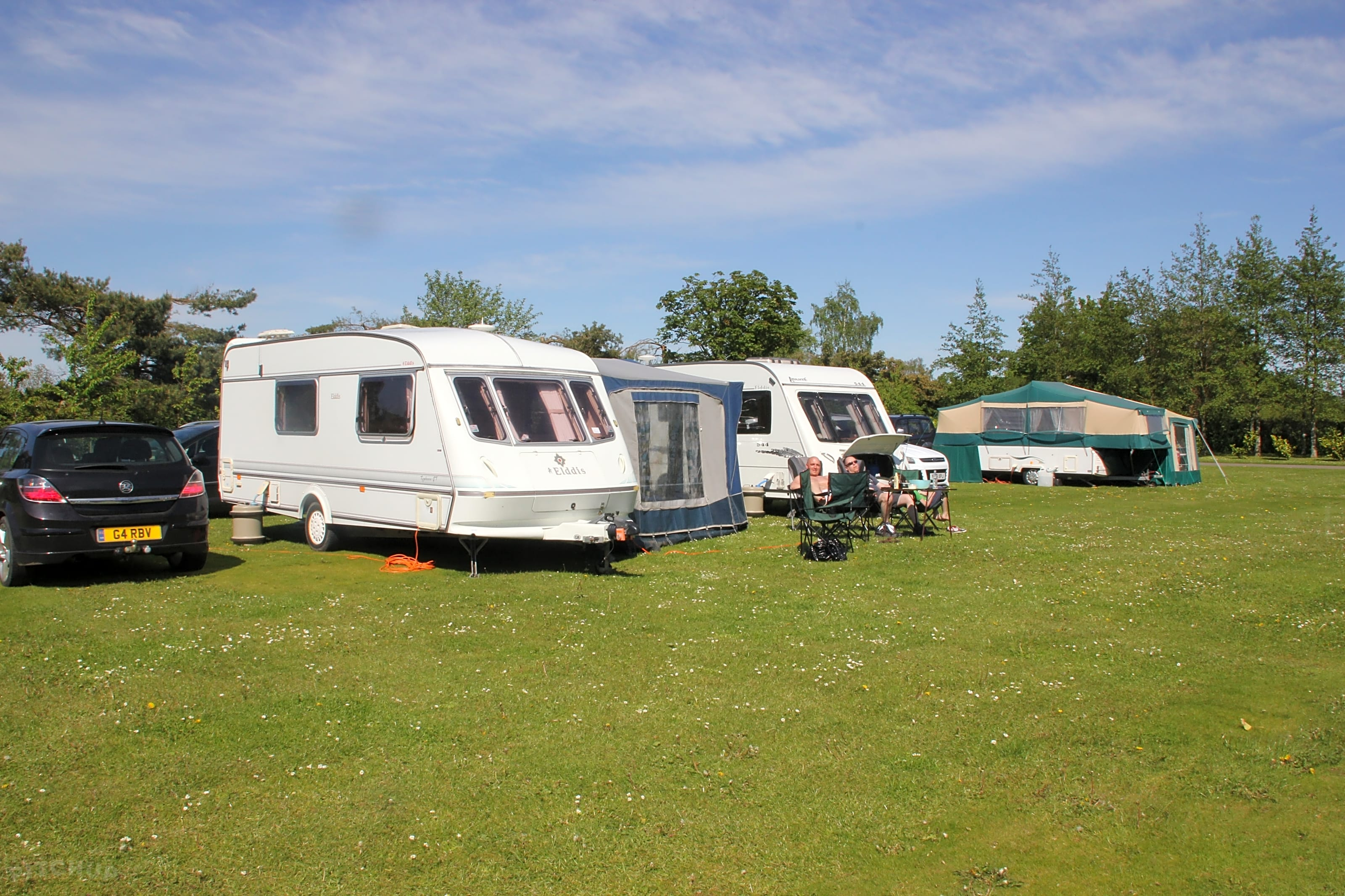 Spacious, touring pitches with electric, water and drainage