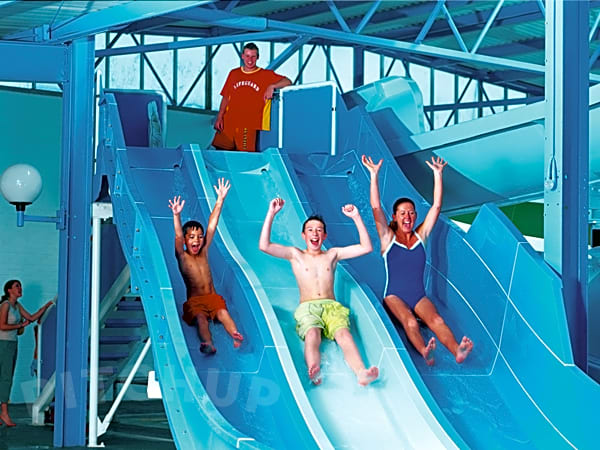 Caister holiday park great yarmouth pitchup - Campsites in norfolk with swimming pool ...