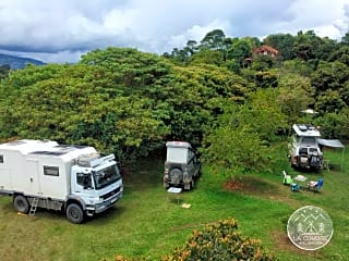 Motorhomes and tourers welcome