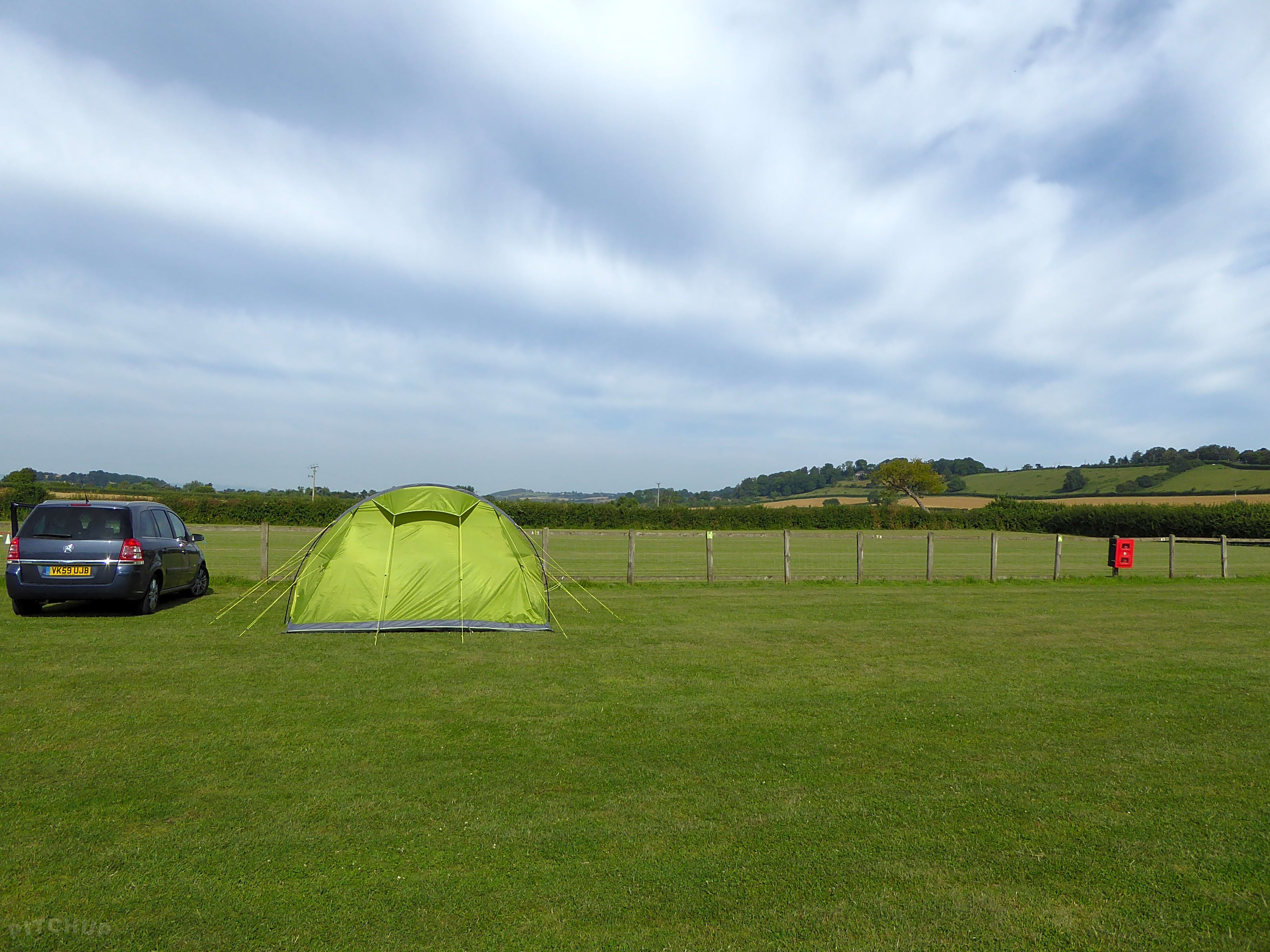 The Hideout Camping and Caravan Park, Bridgwater - Updated
