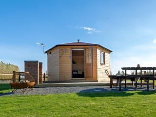 Lakeview Camping Pods, Boston, Lincolnshire