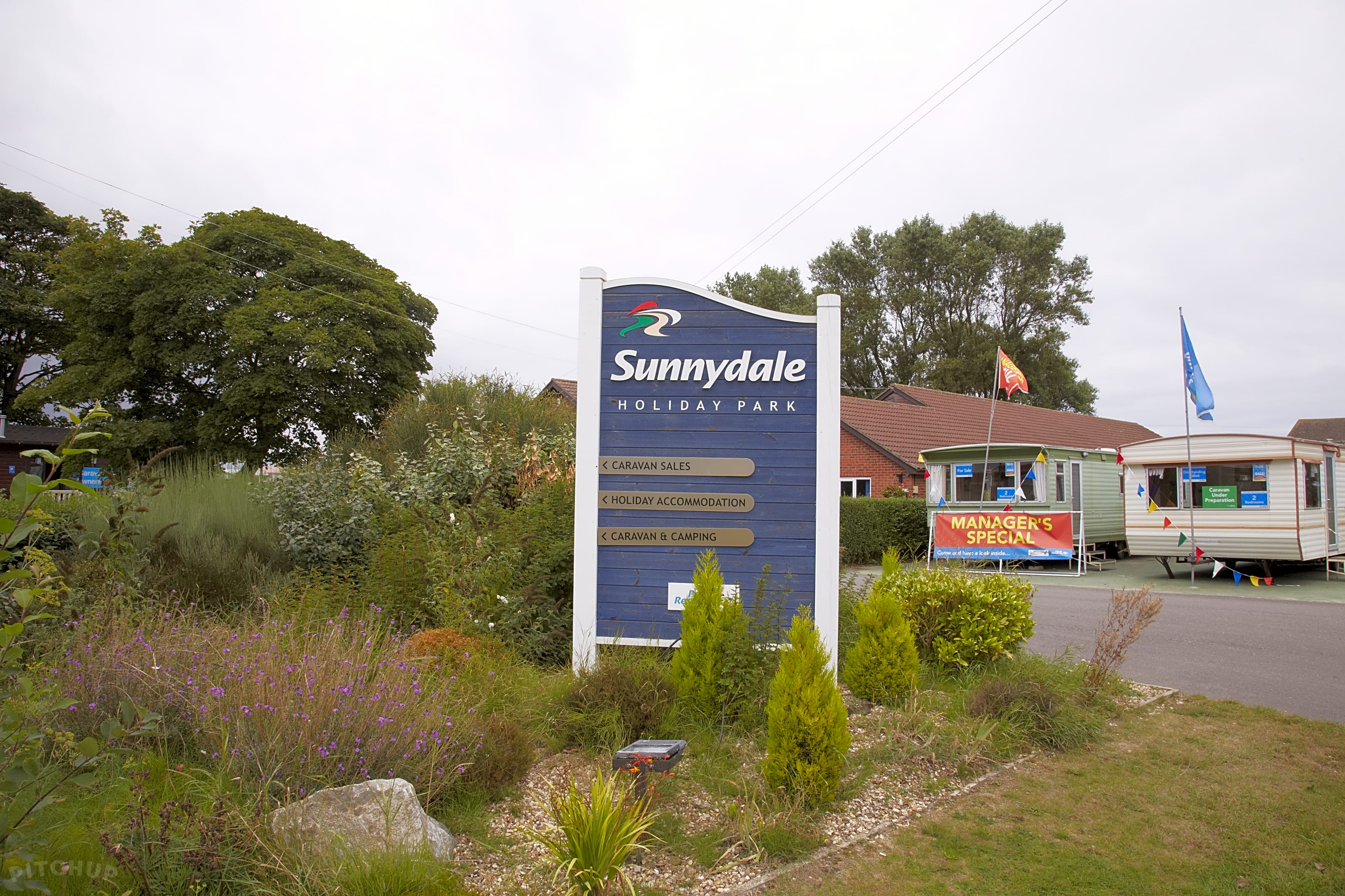 Sunnydale Holiday Park, Louth - Pitchup®