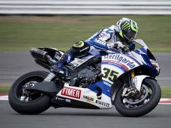 Silverstone 2010. Pic by motoracereports.
