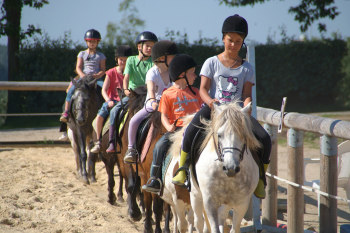 Horse-riding at Camping Mané Guernehué